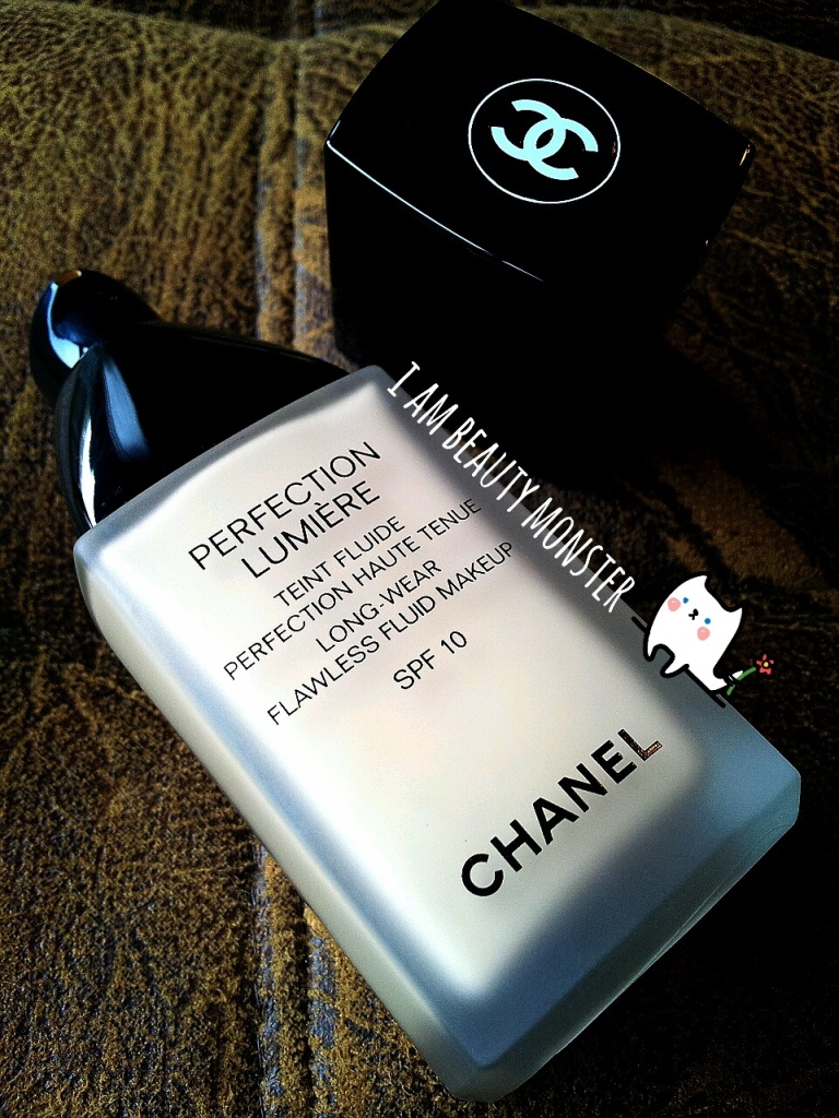 CHANEL Perfection Lumiere Long Wear Flawless Fluid Makeup SPF 10, รีวิวครีมรองพื้นเทพ, รีวิว ครีมรองพื้น CHANEL Perfection Lumiere Long Wear Flawless Fluid Makeup, รีวิว Chanel, รีวิวCHANEL Perfection Lumiere Long Wear Flawless Fluid Makeup SPF 10, CHANEL Perfection Lumiere Long Wear Flawless Fluid Makeup SPF 10 Review and Swatch, รีวิวครีมรองพื้น Chanel, รีวิวครีมรองพื้นใช้ดี, รีวิวครีมรองพื้นสำหรับผิวมัน, รีวิวครีมรองพื้นสำหรับผิวผสม, รีวิวครีมรองพื้นคุมมัน, ครีมรองพื้นคุมมัน รีวิว, รีวิว Chanel Perfection Lumiere ครีมรองพื้นคุมมัน, Liquid Foundation Review, รีวิวครีมรองพื้น ชาแนล, CHANEL Perfection Lumiere Swatch