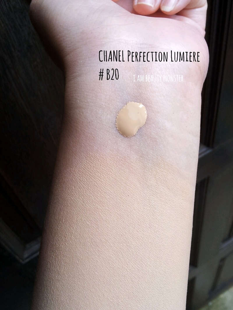 CHANEL Perfection Lumiere Long Wear Flawless Fluid Makeup SPF 10, รีวิวครีมรองพื้นเทพ, รีวิว ครีมรองพื้น CHANEL Perfection Lumiere Long Wear Flawless Fluid Makeup, รีวิว Chanel, รีวิวCHANEL Perfection Lumiere Long Wear Flawless Fluid Makeup SPF 10, CHANEL Perfection Lumiere Long Wear Flawless Fluid Makeup SPF 10 Review and Swatch