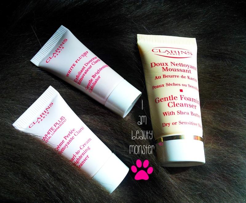 รีวิวโฟมล้างหน้า Clarins Gentle Foaming Cleanser with Shea Butter for Dry or Sensitive Skin, รีวิวโฟมล้างหน้า Clarins White Plus Pearl-to-Cream Brightening Cleanser, รีวิวครีมขัดหน้า Clarins White Plus Gentle Brightening Exfoliator, Clarins Gentle Foaming Cleanser with Shea Butter for Dry or Sensitive Skin,  Clarins White Plus Pearl-to-Cream Brightening Cleanser, Clarins White Plus Gentle Brightening Exfoliator, Clarins Gentle Foaming Cleanser with Shea Butter for Dry or Sensitive Skin Review, Clarins White Plus Pearl-to-Cream Brightening Cleanser, Clarins White Plus Gentle Brightening Exfoliator Review, รีวิว Clarins, Clarins Review, Clarins Skincare Review, Cat Review, Beauty Blogger, Cat Beauty Blogger, บิวตี้ บล็อกเกอร์, Beauty Blogger, แมวรีวิว, แมวรีวิวเครื่องสำอาง, แมวรีวิวสกินแคร์, ให้แมวรีวิวความงาม, แมวรีวิวผลิตภัณฑ์บำรุงผิว, บล็อกแมว, บล็อกเกอร์แมว, คนรักแมว