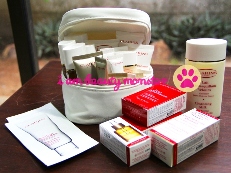 shopping bag, Clarins Skincare, Haul, CLARINS, Clarins trial set, Clarins Double Serum, Clarins Extra Firming Day Cream, Clarins Extra Firming Night Cream, Clarins Extra Firming Eye Serum, Clarins Gentle Foaming Cleanser with Tamarind, Skincare