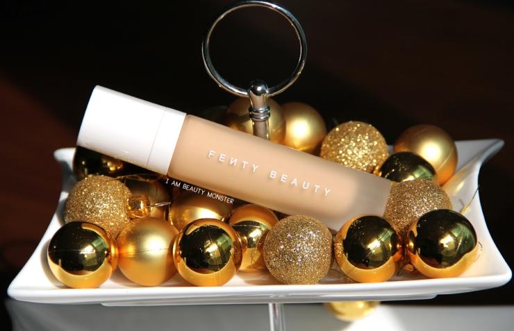 Fenty Beauty PRO FILT'R Soft Matte Longwear Foundation Review, Fenty Beauty PRO FILT'R Soft Matte Longwear Foundation, Fenty Beauty PRO FILT'R review, Fenty Beauty by Rihanna, รีวิวครีมรองพื้น Fenty Beauty PRO FILT'R Soft Matte Longwear Foundation, รีวิวรองพื้นสำหรับผิวมันมาก, รีวิวรองพื้นสำหรับผิวมัน, รีวิวรองพื้นสำหรับผิวผสม, รีวิวรองพื้นสำหรับคนเหงื่อเยอะ, รีวิวครีมรองพื้นคุมมัน, รองพื้นเทพคุมมันสุด ๆ, รีวิว Fenty Beauty PRO FILT'R, รีวิว Fenty Beauty PRO FILT'R ของริฮานน่า, รองพื้นสำหรับสาวผิวมัน, รีวิวครีมรองพื้นสูตรแมทท์